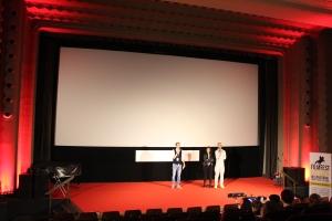 Der Sergio-Leone-Saal der Schauburg bietet den perfekten Rahmen (hier mit Moderator und Gästen aus Brasilien)