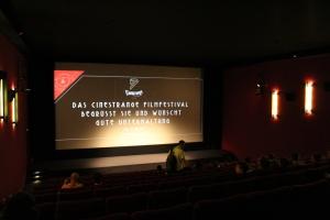 Entspannte Stimmung im Kinosaal