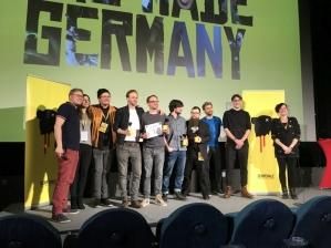 Festivalchef Paul Andexel mit der Jury und den Gewinnern (oder Stellvertretern) bei der Preisverleihung © Michael Kaltenecker