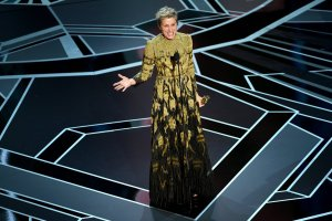 Frances McDormand accepts Best Actress for 'Three Billboards Outside Ebbing, Missouri'